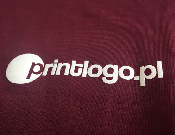 Koszulka z nadrukiem firmowym